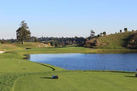 Club de Golf Patagonia Virgin Cover Picture