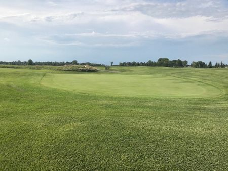 Cloverdale Links Golf Course Cover Picture