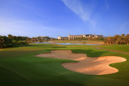 Abu Dhabi Golf Club Cover Picture