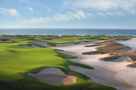 Saadiyat Beach - Gary Player's Masterpiece in the Gulf Cover Picture