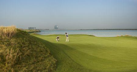 Abu Dhabi: Golf, Culture, Sea & Sun