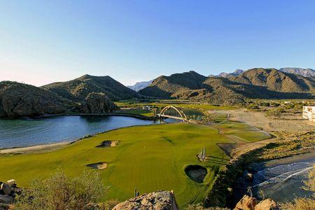 Loreto Golf Course Cover