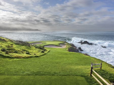Dropdown cover Pebble Beach
