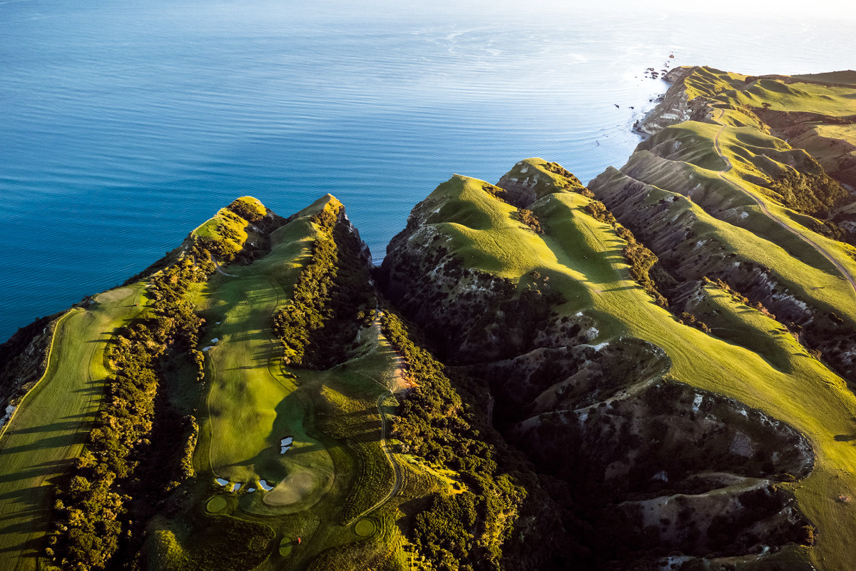 Dropdown cover Cape Kidnappers