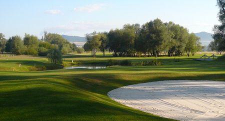 Kotlina Terezin Golf Course Cover