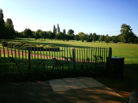 Perivale Park Golf Club Cover Picture