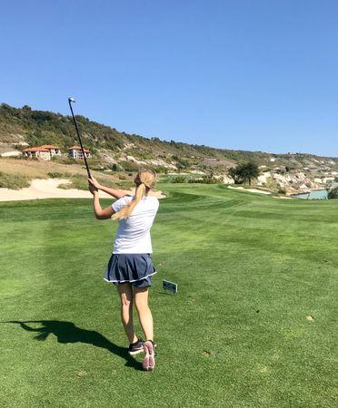 Profile cover of golfer named Lara Lehnstaedt