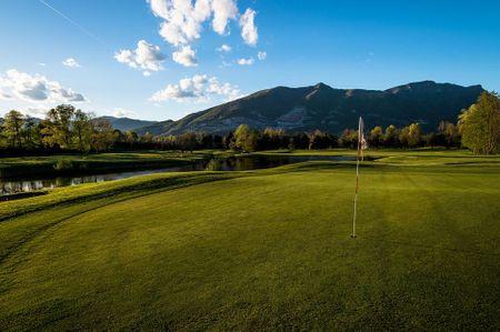 Golf Club Lecco Cover Picture