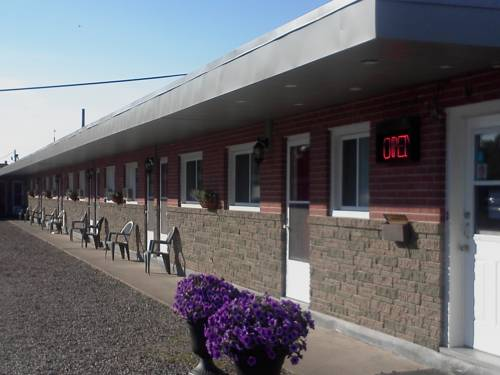 Trunk Road Motel Cover Picture