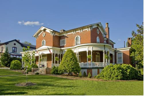 The Carriage House Inn B&B Cover Picture