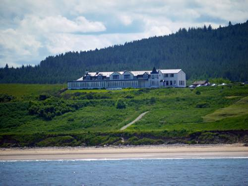 Cullen Bay Hotel Cover Picture