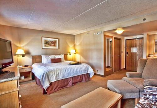 Humphry Inn and Suites Cover Picture