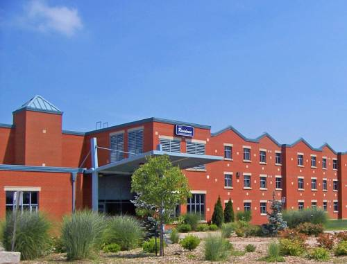Residence & Conference Centre - Welland Cover Picture