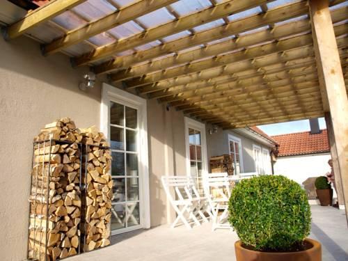 Gaspari Lodge Cover Picture