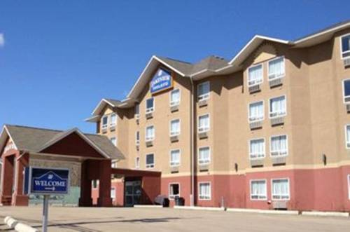 Lakeview Inn & Suites - Chetwynd Cover Picture