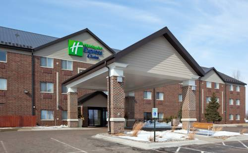 Holiday Inn Express Hotel & Suites St. Paul - Woodbury Cover Picture