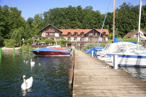 Forsthaus am See Cover Picture
