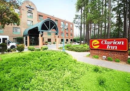 Clarion Inn Cornelius Cover Picture