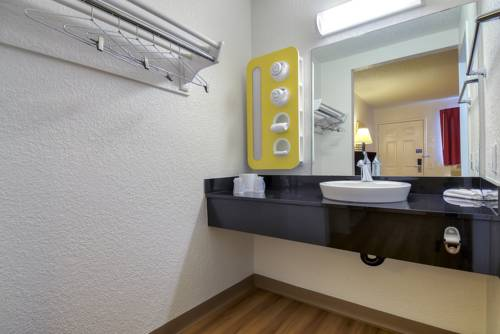 Motel 6 Los Angeles - Rowland Heights Cover Picture