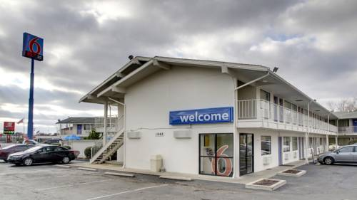 Motel 6 Elizabethtown Cover Picture