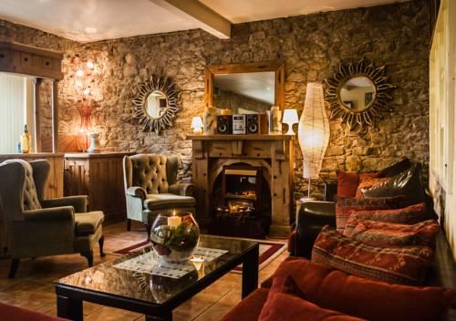 Newgrange Lodge Cover Picture