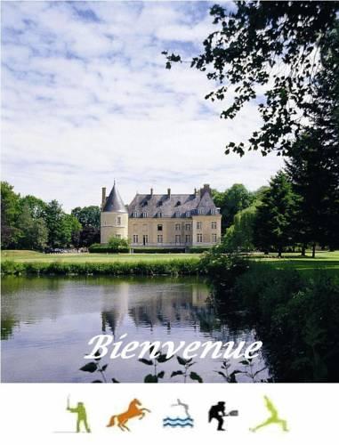 Chateau De Bertichères Cover Picture