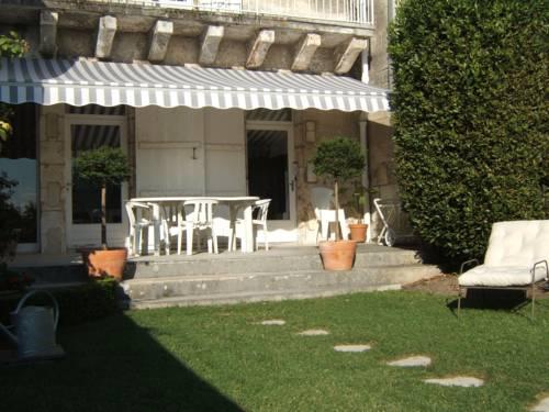 Chambres d'Hôtes Les Jardins de la Cathédrale Cover Picture