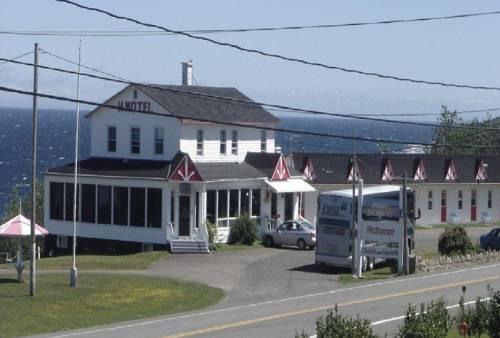 Hôtel Motel du Rocher Cover Picture