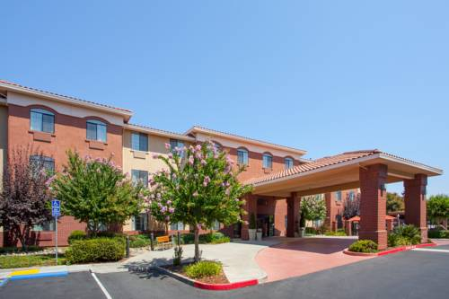 Holiday Inn Express Davis-University Area Cover Picture