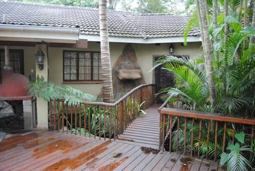 St Lucia Accommodation Cover Picture