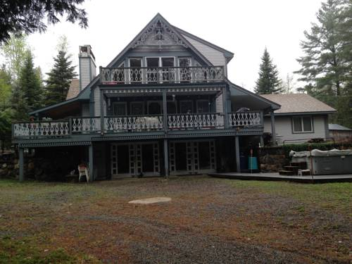 Riverhouse Inn Bed & Breakfast Cover Picture