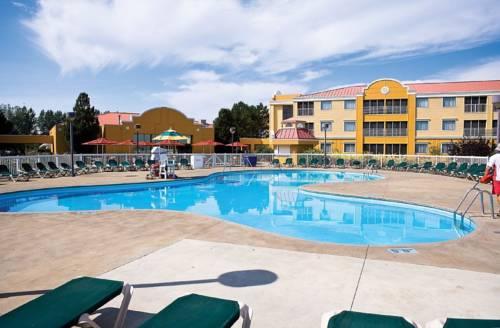 Cedar Point Sandcastle Suites Cover Picture