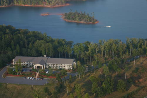 Lake Chatuge Lodge Cover Picture