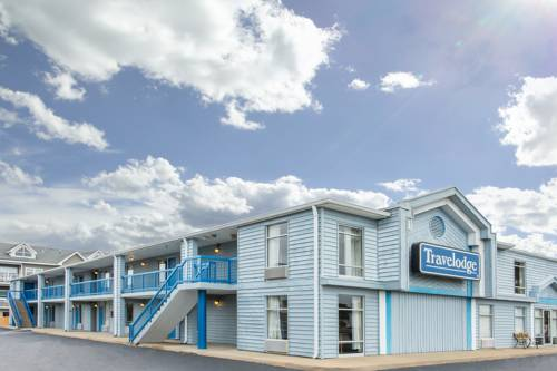 Travelodge Bay Beach Cover Picture