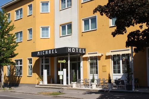 Hotel Michael Cover Picture