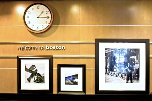 Hampton Inn & Suites Boston Crosstown Center Cover Picture
