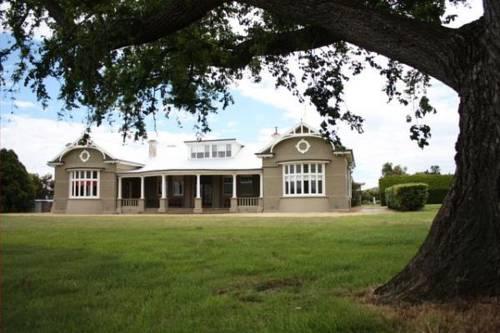 Brambletye Lodge Cover Picture