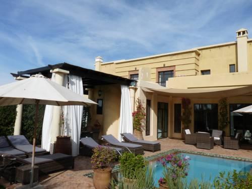 Villa Carissa Cover Picture