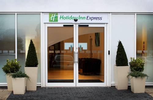 Holiday Inn Express Wakefield Cover Picture
