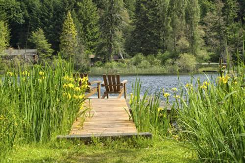 Cusheon Lake Resort Cover Picture