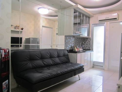 IN's Residence Greenbay Pluit Cover Picture
