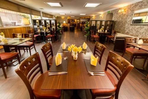 Tigh Na Mara Hotel Cover Picture