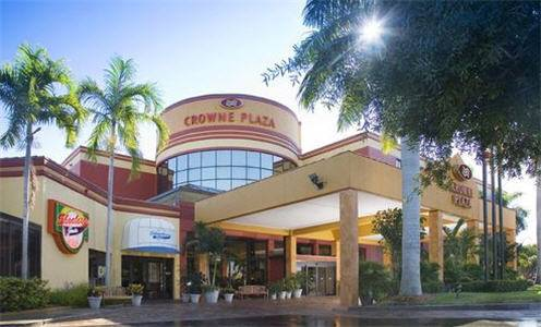 Crowne Plaza Hotel Fort Myers at Bell Tower Shops Cover Picture