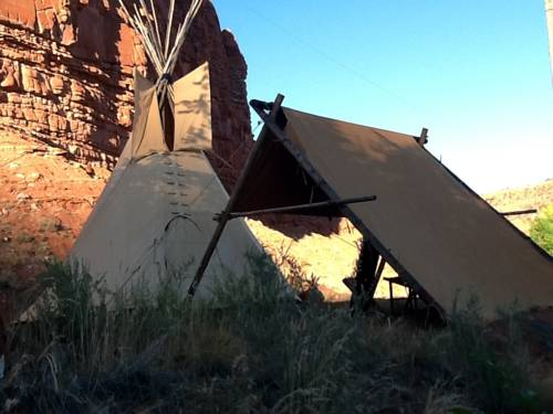Black Feather Tipi Experience Cover Picture
