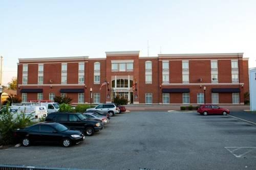 Executive Inn - Park Avenue Hotel Cover Picture