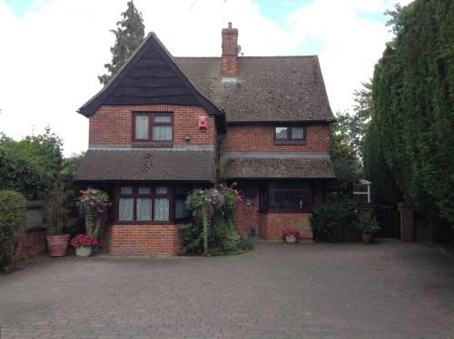 Tudor Cottage Cover Picture