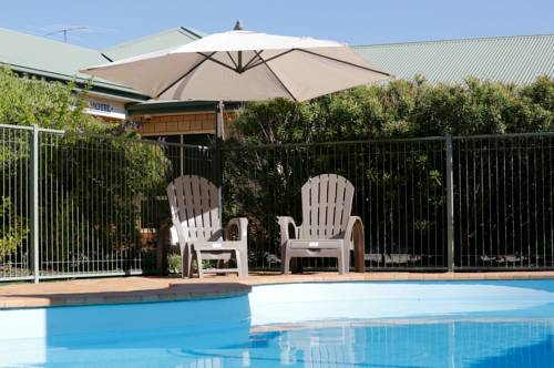 Jacaranda Country Motel Cover Picture