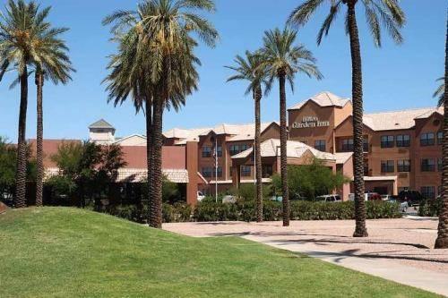 Hilton Garden Inn Phoenix Airport Cover Picture