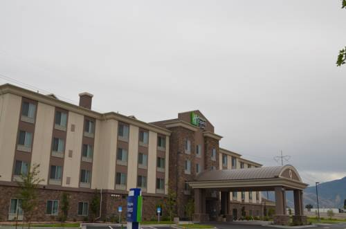 Holiday Inn Express Springville Cover Picture