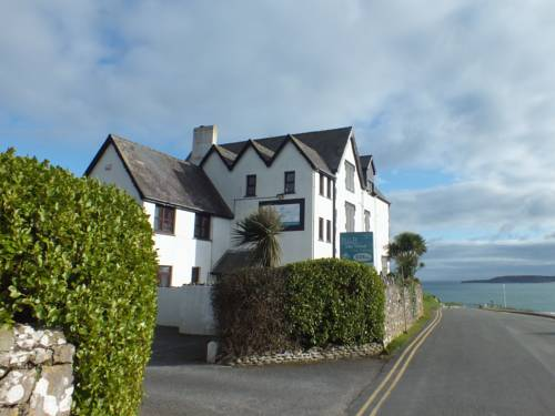 Kinloch Court Cover Picture